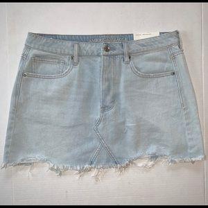 AEO Light Wash Distressed Hem Denim Mini-Skirt
